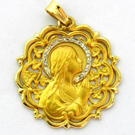 medalla ave manos calada con corona de brillantes bisel ondas con orla oro amarillo