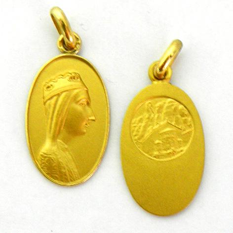 medalla nuestra señora de montserrat reverso montañas oval con bisel oro amarillo